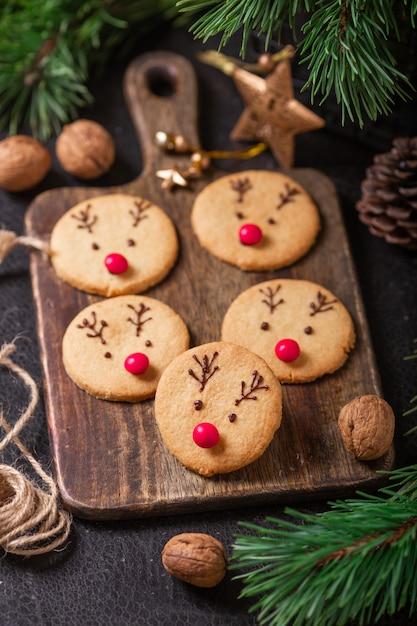"""Resultado de imagen de imagen de mama cocinando galletas  de navidad"""""""