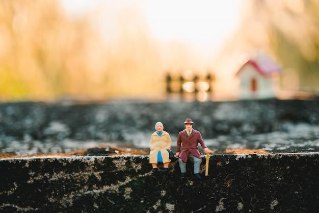 Gente en miniatura Foto Premium