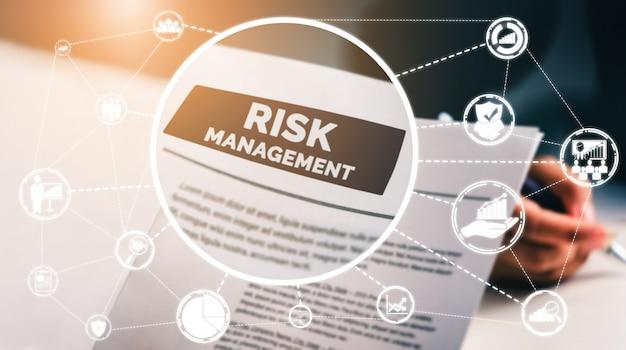 Gestión y evaluación de riesgos Foto Premium