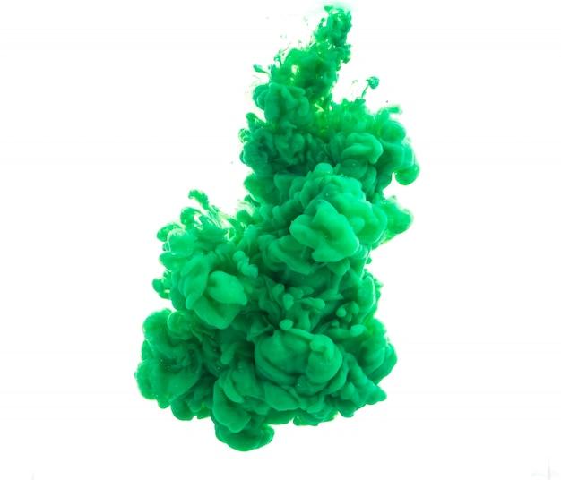Gota de pintura verde cayendo en agua descargar fotos gratis for Pintura verde agua