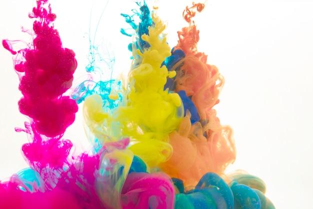 Gotas de pintura colorida descargar fotos gratis for Pintura ligera de color topo