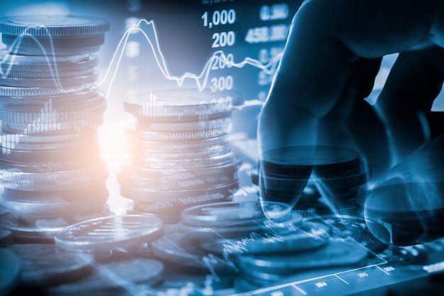 Gráfico bursátil o forex del mercado de valores o gráfico de velas para el fondo de inversión financiera. Foto Premium