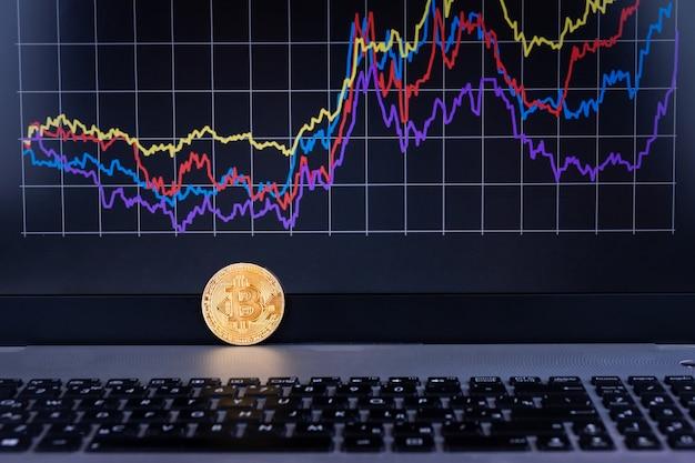 Gráfico de computadora portátil bitcoin Foto Premium