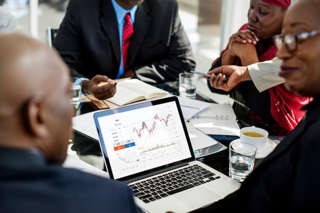 Gráfico del negocio de análisis de datos de la bolsa de inversión Foto Premium