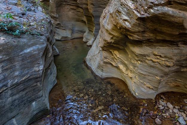 Gran cañón de wang sila lang, distrito de pua, nan en tailandia Foto Premium