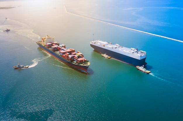 Gran negocio de envío internacional para el servicio de carga de contenedores de carga Foto Premium