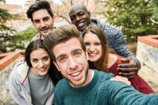 Video grupos de handjob gratis