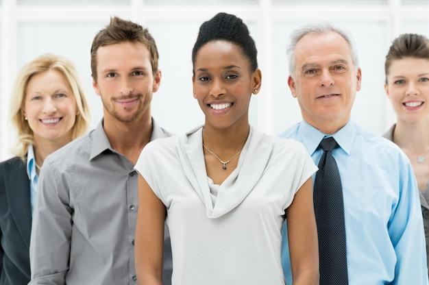 Grupo empresarial multiétnico Foto Premium