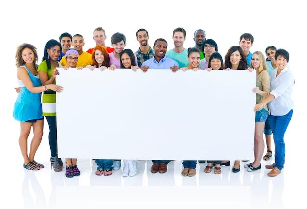 Grupo de felices estudiantes diversos. Foto Premium