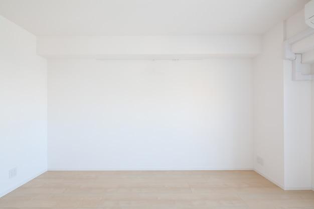 Habitación luminosa de apartamento Foto Premium