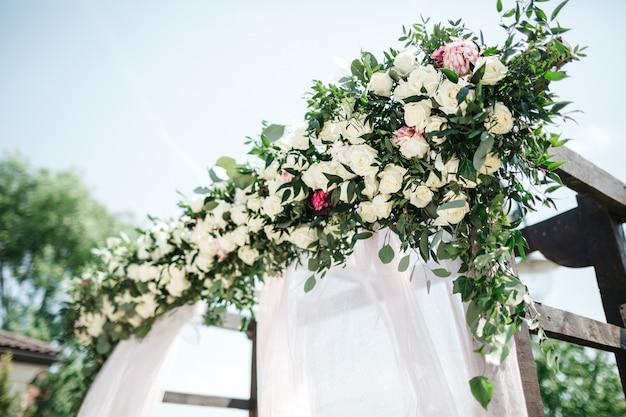 Hermosa decoración el día de la boda Foto gratis