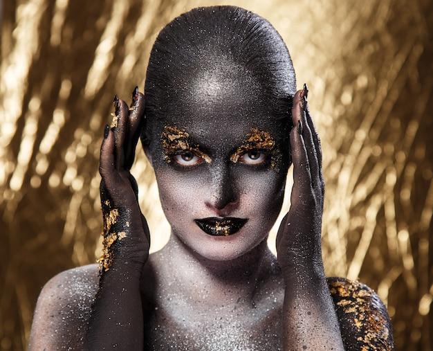 Hermoso maquillaje artístico Foto gratis