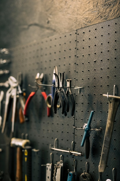 Herramientas de un taller mecánico Foto gratis
