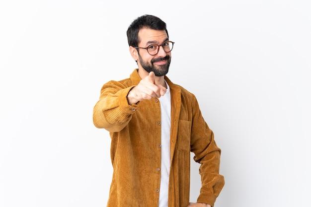 Hombre con gafas y camisa amarilla Foto Premium