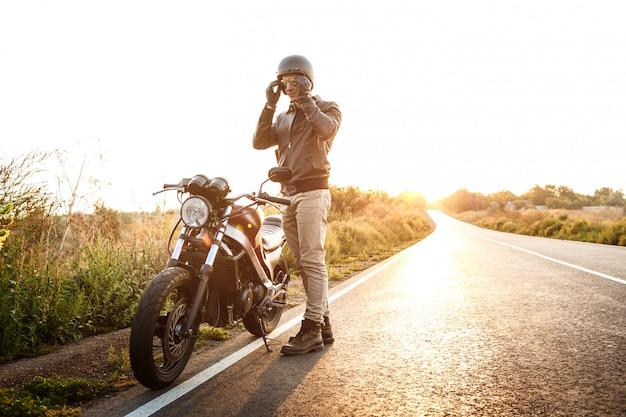 Súbete a tu moto y disfruta ese gran viaje por carretera