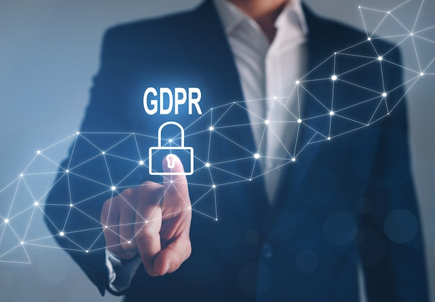 Hombre de negocios que señala en la problemática gdpr. concepto general de regulación de protección de datos. Foto Premium