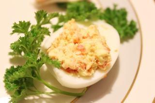 huevo de plato Foto Gratis