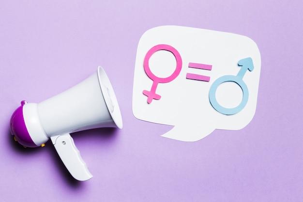 La igualdad entre los signos de género femenino y masculino Foto gratis
