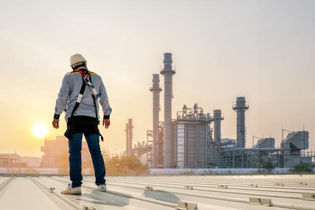 Ingeniero de planta de energia Foto Premium