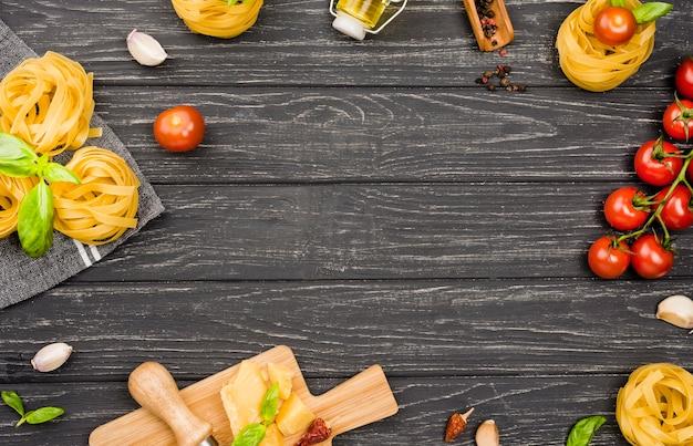 Ingredientes de marco para comida italiana Foto Premium