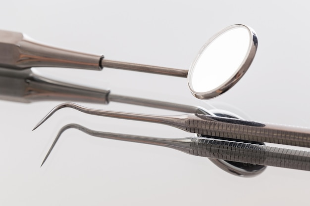 Instrumentos de dentista Foto gratis