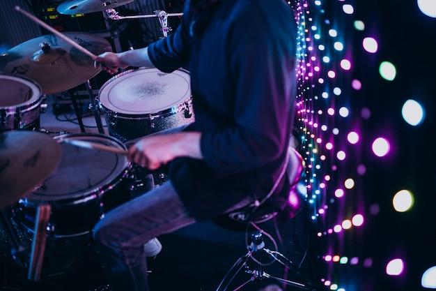Instrumentos musicales en una fiesta Foto gratis