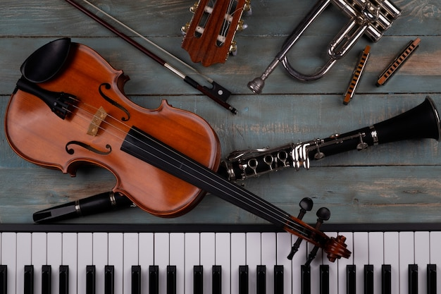 Instrumentos musicales Foto Premium