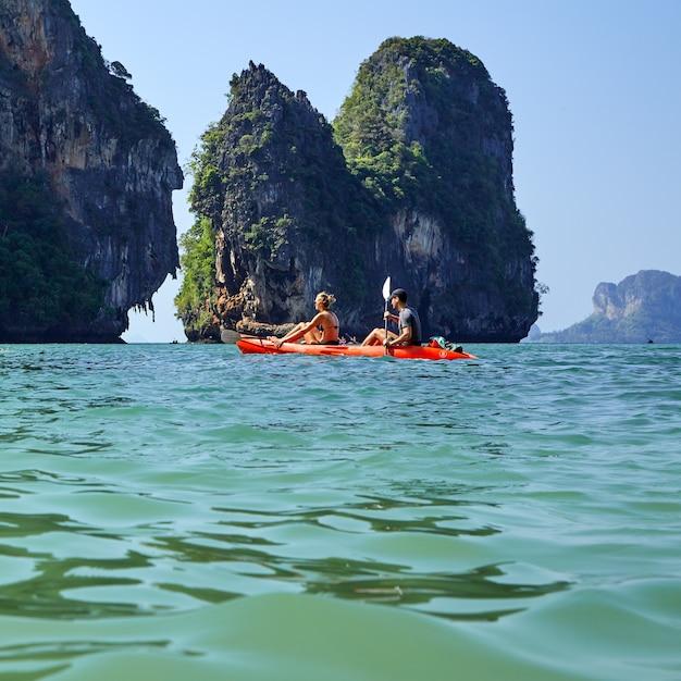 Isla paradisiaca en tailandia andaman Foto Premium
