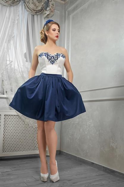Vestido azul blanco