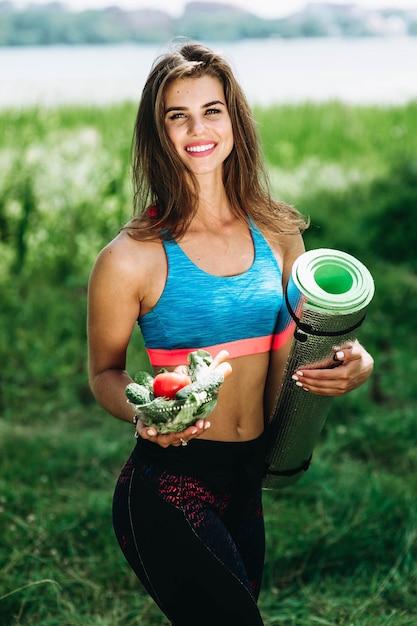 Jvenes modelos de yoga hermosa adolescente en ropa deportiva demo 24 altavistaventures Choice Image