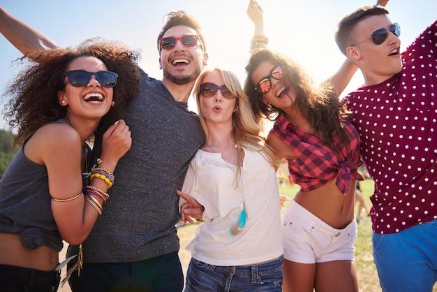 La juventud vive sus propias reglas Foto gratis