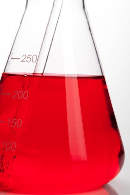 Laboratorio tubo de laboratorio para el concepto de química Foto Premium