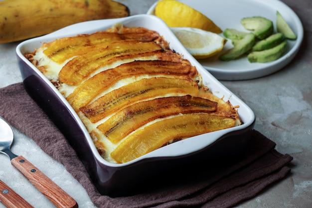 Lasana De Platano Pastelon Comida Tipica Puertorriquena Y Republica Dominicana Foto Premium