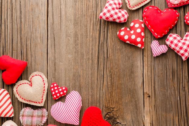Lay flat de adornos para el día de san valentín Foto gratis