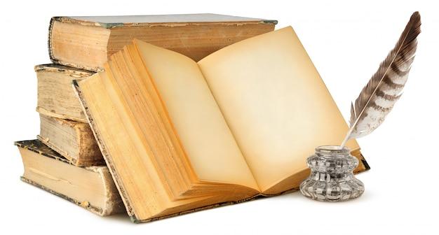 Resultado de imagen de libros y plumas