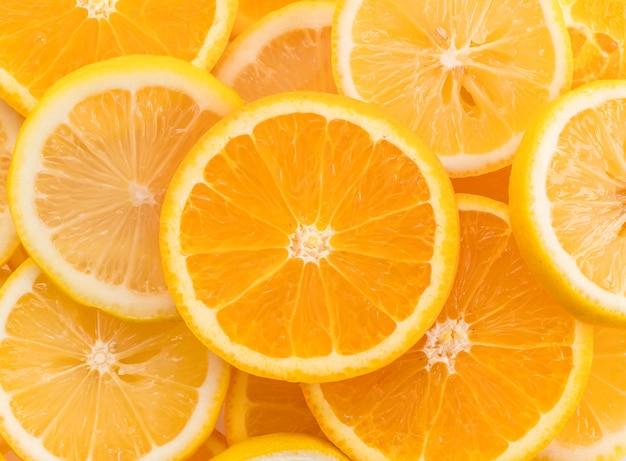 Lima, rodajas de limón y naranja Foto gratis