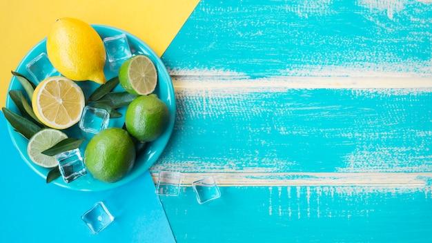 Limones y limas Foto gratis