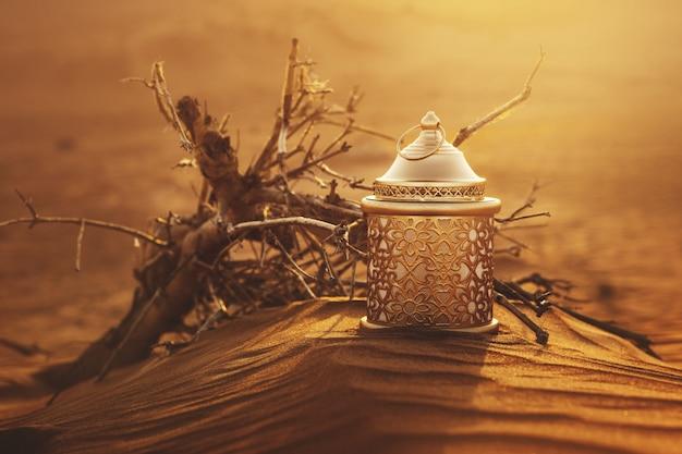 Linterna de ramadán en el desierto al atardecer Foto Premium