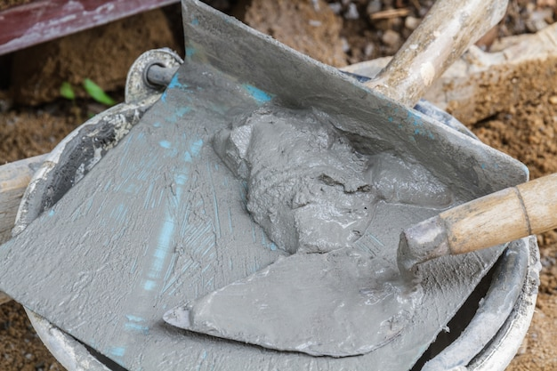 Resultado de imagen de llana y cemento