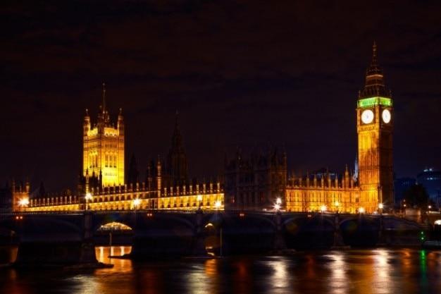 Londres parlamento en la noche Foto gratis