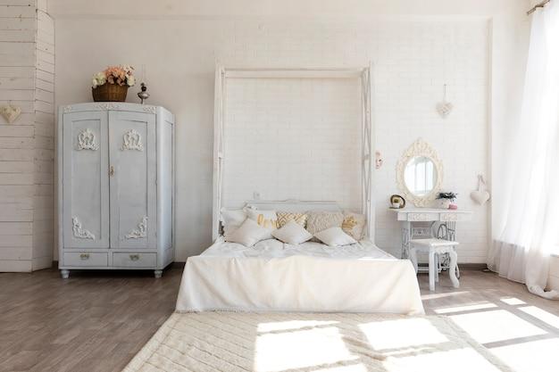 Lujoso diseño de dormitorio vintage Foto gratis
