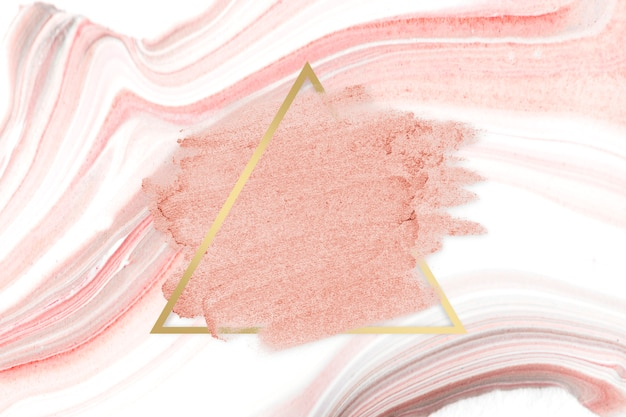 Mancha de lápiz labial rosa Foto gratis