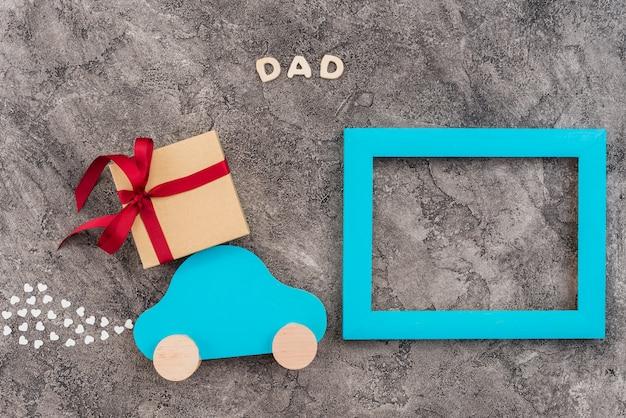 Marco personalizado decorado para el día del padre Foto gratis