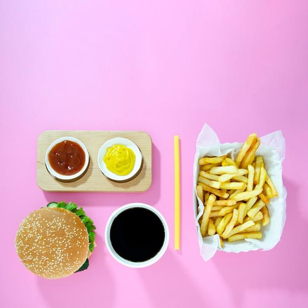 Menú de comida rápida con espacio de copia Foto gratis