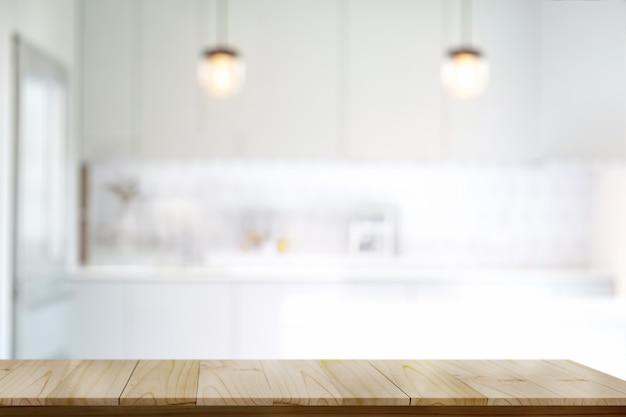 Mesa superior de madera vacía o mesa de mostrador de corte ...