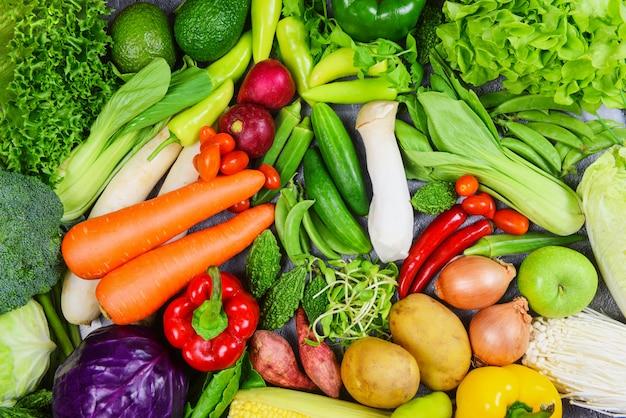 Mezcla de verduras y frutas, alimentos saludables, alimentación limpia para la salud Foto Premium