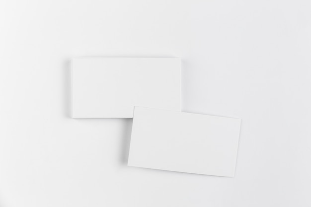 Mock up de tarjetas de visitas en blanco Foto gratis