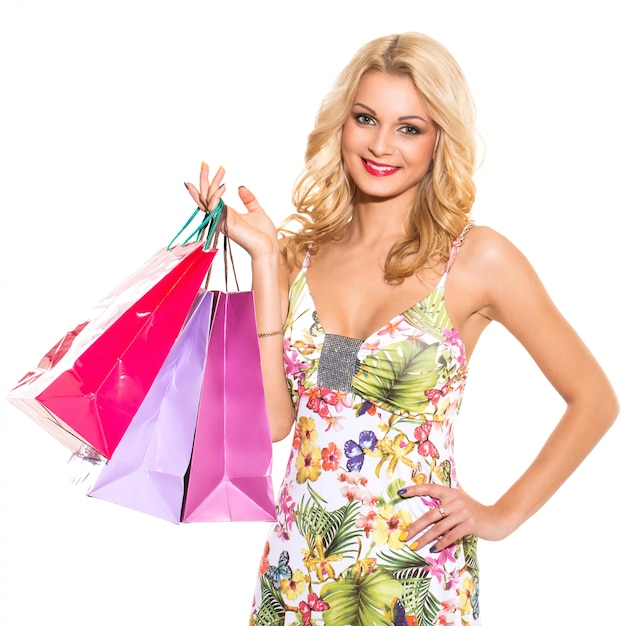 Moda. hermosa rubia en lindo vestido Foto gratis