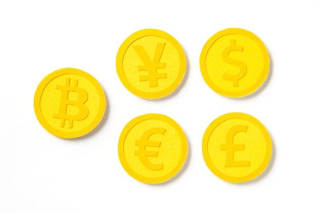 Monedas internacionales de monedas de oro del mundo. Foto gratis