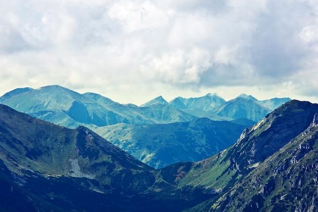Montañas paisaje de la naturaleza Foto gratis